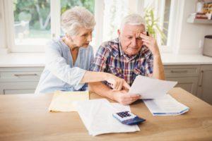 Recém-aposentados sofrem com assédio abusivo de oferta de empréstimo consignado